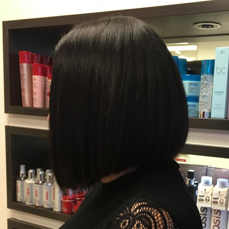 Hair Scene - Hair Style - Short Coloured Bob